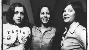 hunger-makes-me-a-modern-girl-sleater-kinney